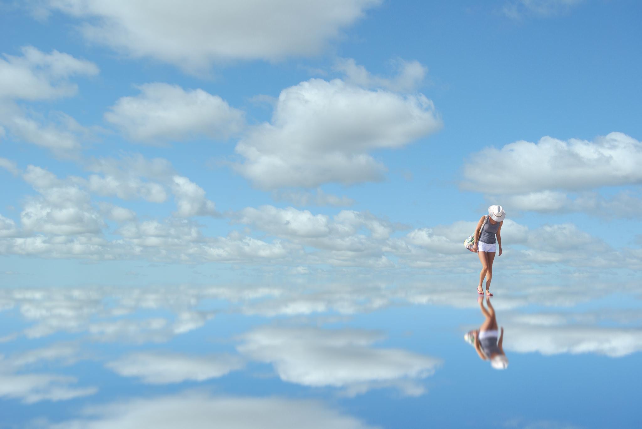 sky-mirror-reflection-woman